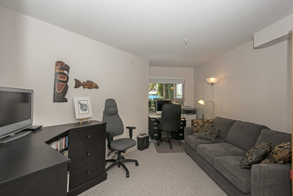 2nd bedroom currently used as den/office