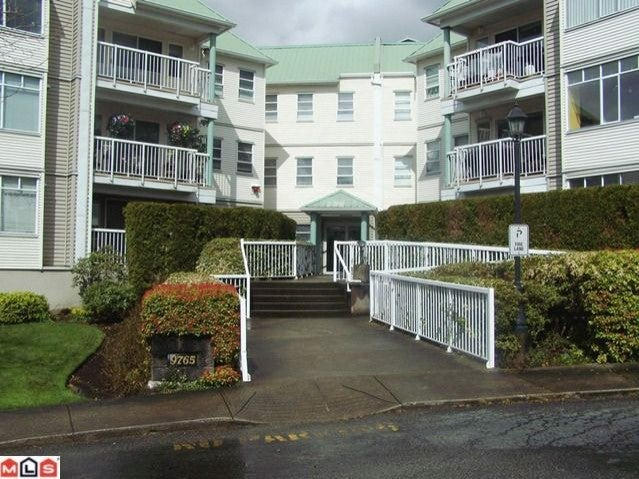 # 4 9765 140TH ST - Whalley Apartment/Condo for sale, 1 Bedroom (F1111235) #1