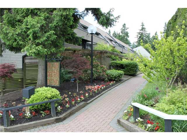 # 325 7377 SALISBURY AV - Highgate Apartment/Condo for sale, 2 Bedrooms (V937355) #1