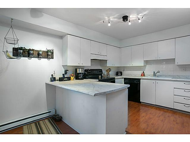 # 9 7345 SANDBORNE AV - South Slope Townhouse for sale, 2 Bedrooms (V998544) #5